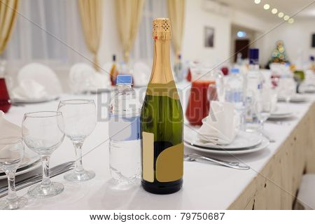 Banquet facilities table setting