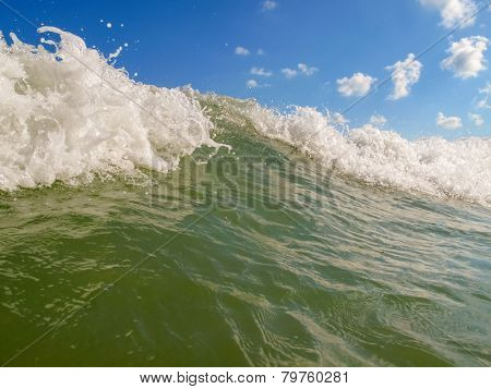 Ocean waves close up