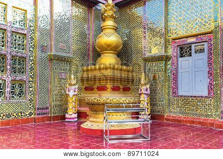Golden Buddha Statues Of Su Taung Pyai Pagoda. Mandalay, Myanmar