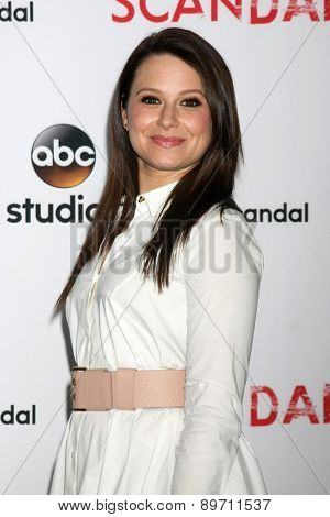 LOS ANGELES - MAY 1:  Katie Lowes at the