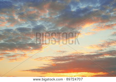 Breathtaking view of sunset cloudy sky