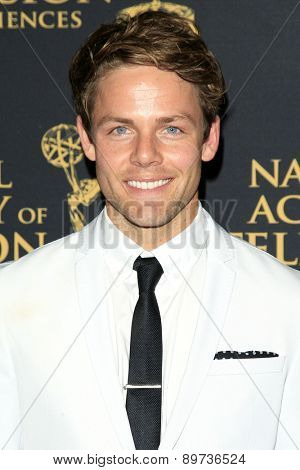 LOS ANGELES - APR 24: Lachlan Buchanan at The 42nd Daytime Creative Arts Emmy Awards Gala at the Universal Hilton Hotel on April 24, 2015 in Los Angeles, California