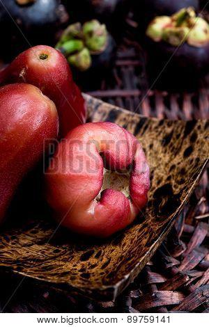 Rose thai apple