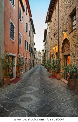 San Quirico d'Orcia - Picturesque nook of Tuscany