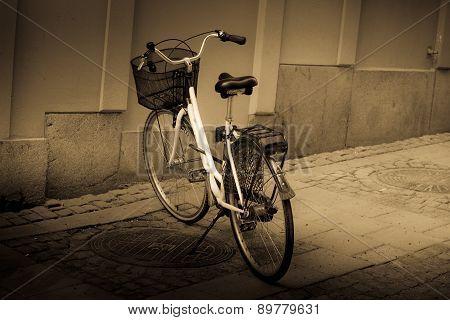 Classic Vintage Retro City Bicycle