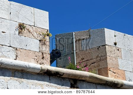 Cannon along battlements, Gibraltar.