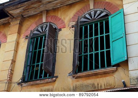 Old window Style