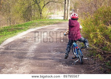 Child falling from a bike