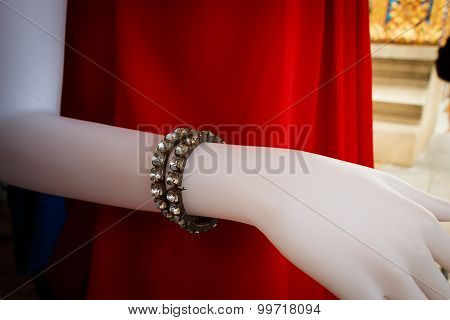 Fake Bracelet Diamond For Accessory On Mannequin