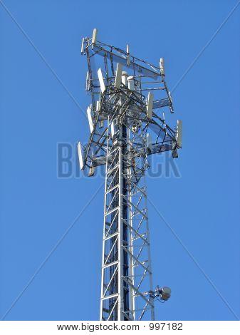 Antena en cielo azul 5