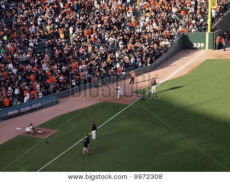 Giants Madison Bumgarner Throws Pitch To Catcher Buster Posey