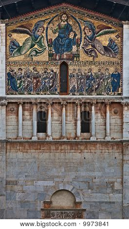 San Frediano church facade, Lucca