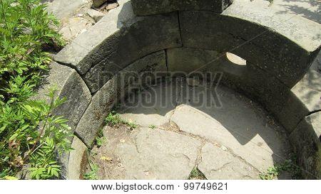 Round Dolmen