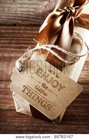 Enjoy The Little Things Message Card On Earth Tone Gift Box