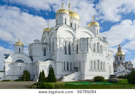 Savior Transfiguration Cathedral, Holy Trinity Seraphim-diveevo Convent In Diveevo, Russia