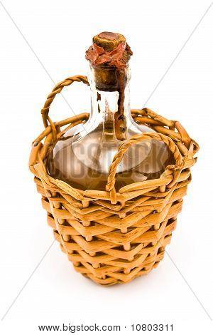 Sellado de vieja botella de vino blanco