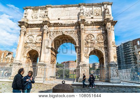 Arch Of Constantine At Colosseum