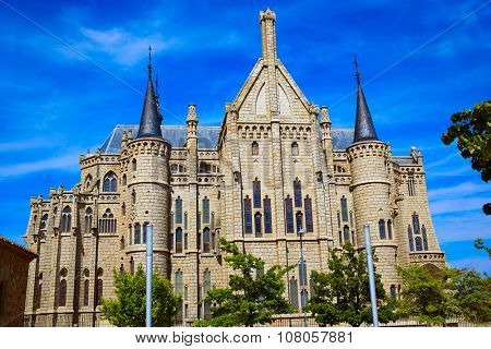 Astorga Leon Palacio Episcopal of Antoni Gaudi architect by Way of Saint James