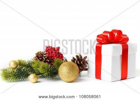 Gift with christmas tree
