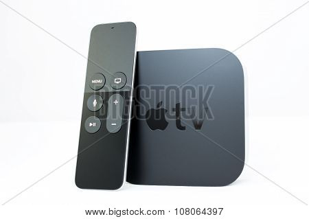 New Apple TV media streaming player and swipe remote