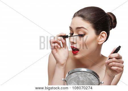Girl with eyelash mascara