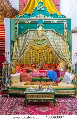 The Arabic Bedroom