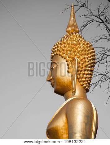 Gold Temple Statues And Artwork Buddhist Culture And Life Style Temple Statues Asia