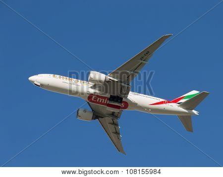 Boeing 777, Emirates