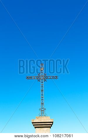 Catholic     Abstract   Cross In Italy   Sky Background