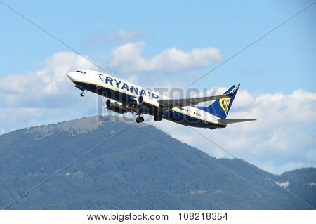 Ryanair Aircraft Boeing 737-800
