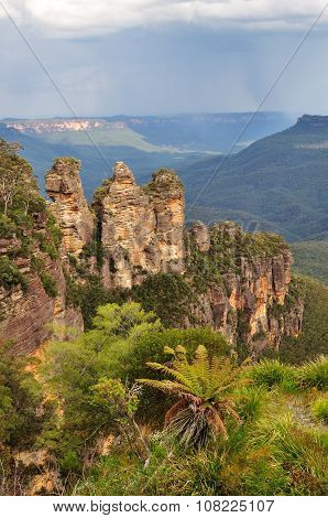 The Three Sisters In Blue Mountains National Park