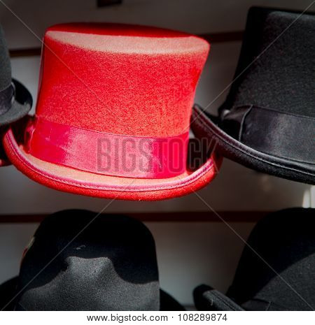 In London Old Red Hat And Black  The  Fashion Shop