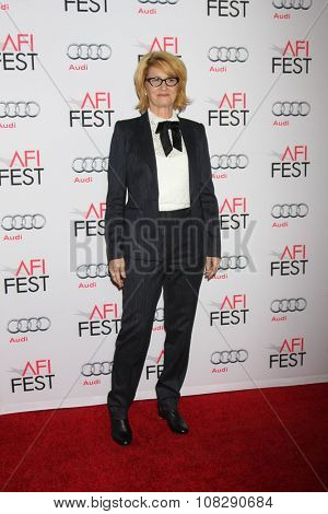 LOS ANGELES - NOV 12:  Melissa Leo at the AFI Fest 2015 - Presented by Audi - The Big Short Gala Screening at the TCL Chinese Theater on November 12, 2015 in Los Angeles, CA