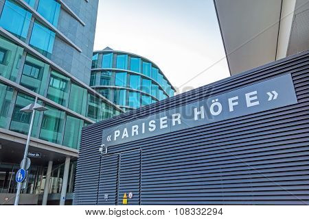 Office / Residence Buildings Pariser Hofe Near Square Pariser Platz, Stuttgart