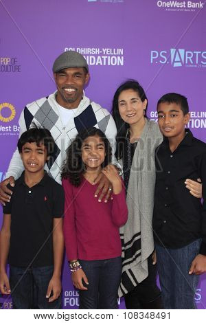 LOS ANGELES - NOV 15:  Jason George, family at the Express Yourself 2015 presented by P.S. ARTS at the Barker Hanger on November 15, 2015 in Santa Monica, CA