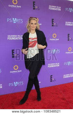 LOS ANGELES - NOV 15:  Molly Sims at the Express Yourself 2015 presented by P.S. ARTS at the Barker Hanger on November 15, 2015 in Santa Monica, CA