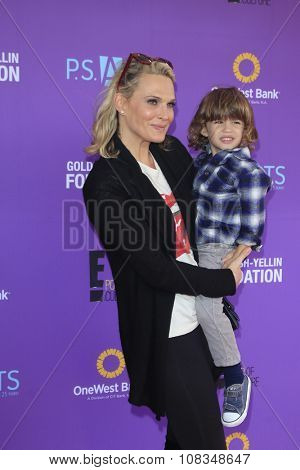 LOS ANGELES - NOV 15:  Molly Sims, Brooks at the Express Yourself 2015 presented by P.S. ARTS at the Barker Hanger on November 15, 2015 in Santa Monica, CA