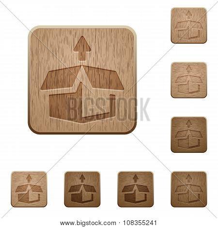 Unpack Wooden Buttons