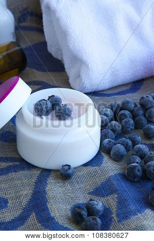 Face Cream With Blueberry Seed Oil