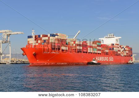 Alameda, CA - March 9, 2015: Oakland Oakland Container Shipyard, San Francisco Bay, the Hamburg Sud ship