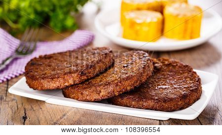 Beefsteaks With Corn