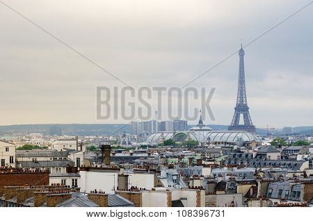 Paris, France - May 15, 2015: Eiffel Tower And Grand Palais With Paris Skyline