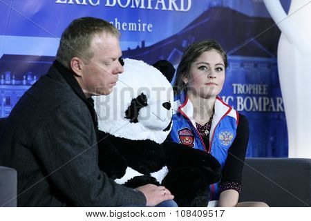Julia Lipnitskaia (rus) And Her Second Coach Sergei Dudakov
