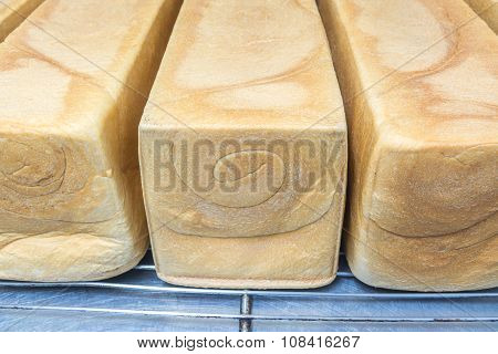 Uncut Toast, Long Length Bread