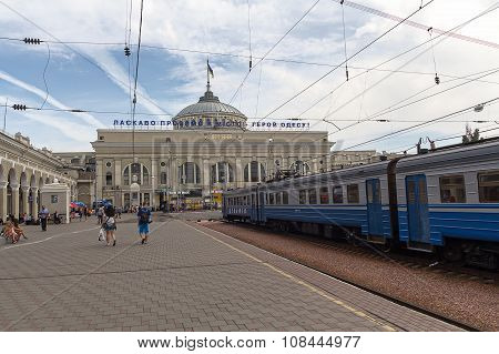 Odessa, Ukraine - August 23, 2015: People On The Platform Of The Railway Stationon The Platform Of T