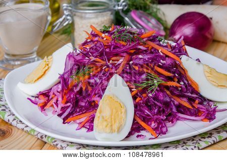 salad with daikon, cabbage, carrots, onion and eggs