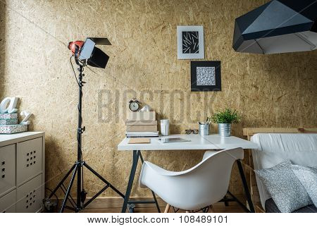 Modern Place Tu Study