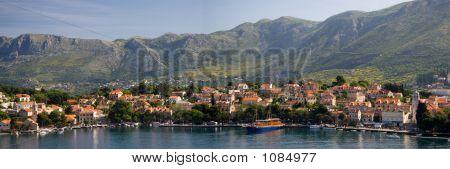 Das Dorf von Cavtat In Kroatien