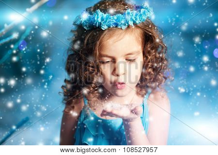 Christmas child girl on winter tree background, snow, snowflakes border. Happy holidays, new year 2016. Merry Christmas