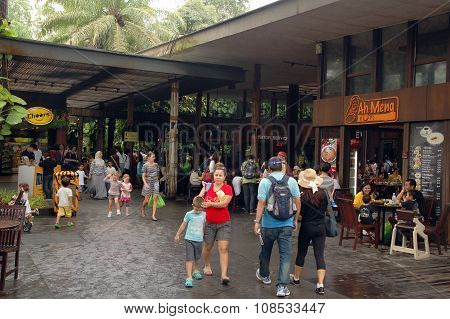 Singapore Zoo Restaurants in Singapore